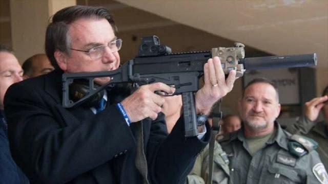 Bolsonaro defiende porte de armas pese a tiroteos como los de EEUU