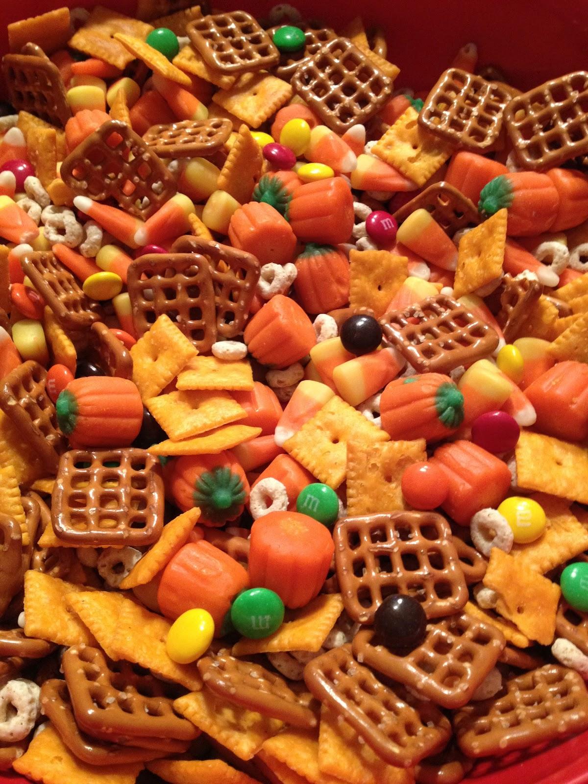 Halloween Harvest Chex Mix