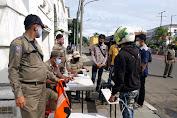 Sebanyak 25 Pelanggar Terjaring Dalam Operasi Protkes  Yang Digelar Oleh Tiga Pilar Kecamatan Tambora