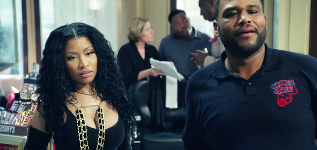 Anthony Anderson și Nicki Minaj în Barbershop: The Next Cut