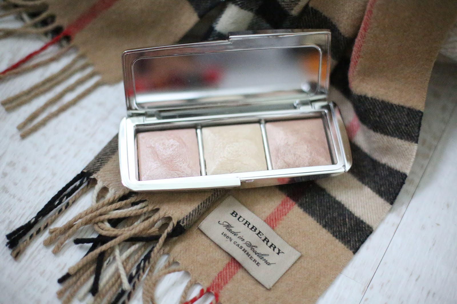 hourglass metallic ambient palette