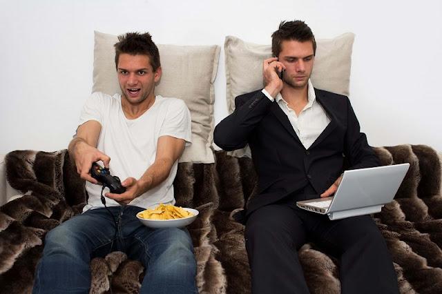 Những thói quen xấu khi chơi game, làm việc ảnh hưởng xấu đến sức khỏe của bạn