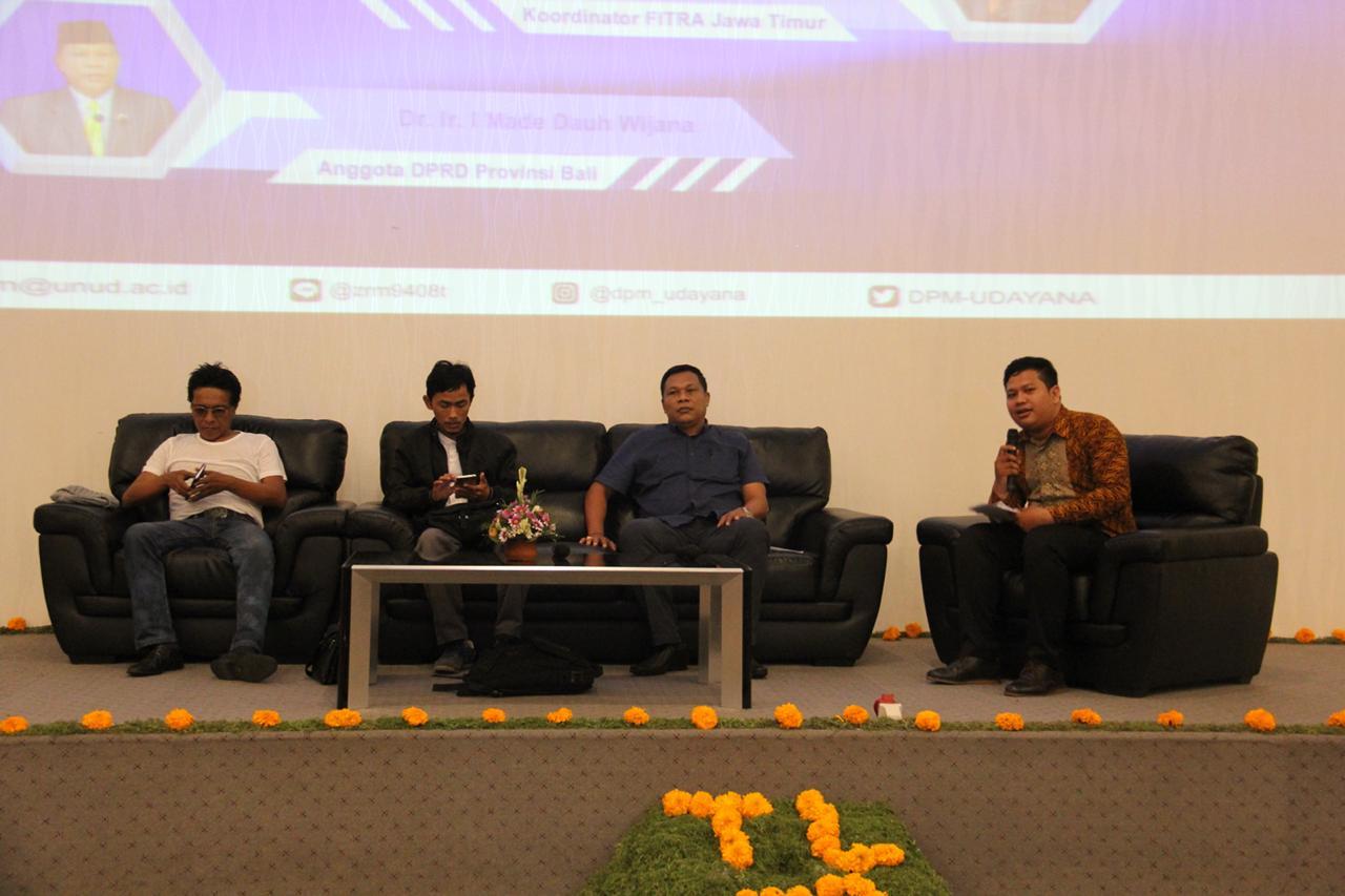 Semangat Mahasiswa UNUD Bali Belajar Tentang Legislatif