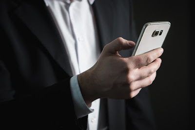 rajin telpon dan sms