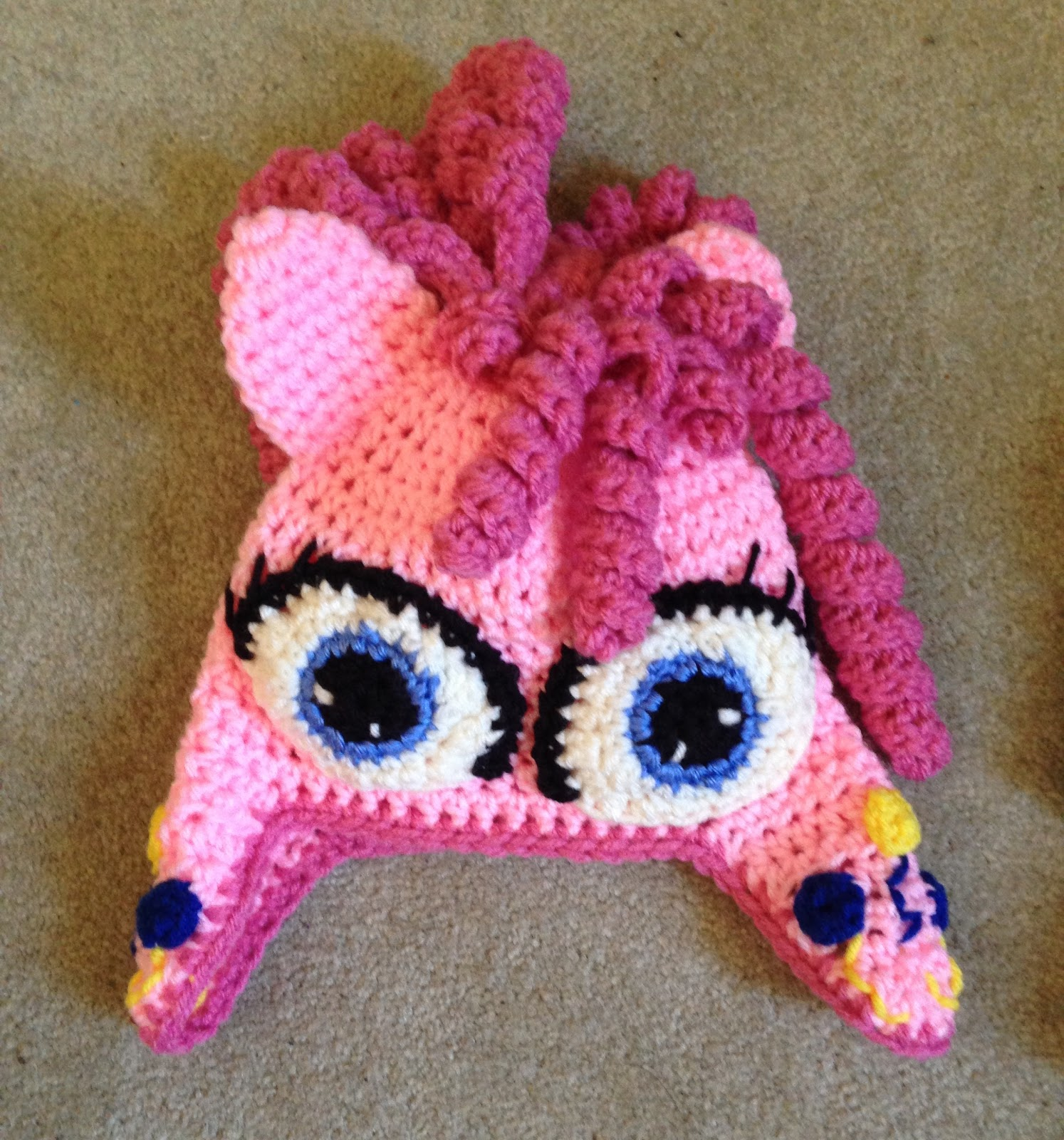 The Perfect Stitch My Little Pony Pinkie Pie Hat And Scarf Set