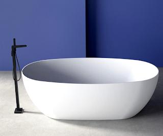 freestanding-porcelain-bathtub