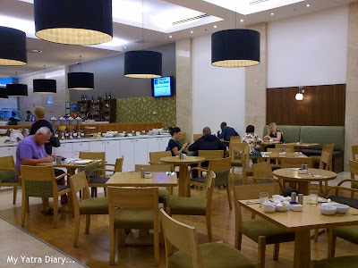 Breaskfast area in Hotel Citigate, Melbourne