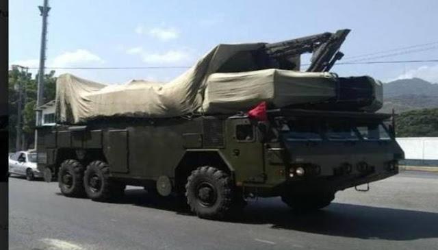 Baterías antiaéreas fueron movilizadas este martes hacia el Comando de Aviación Naval de Puerto Cabello. Foto: cortesía