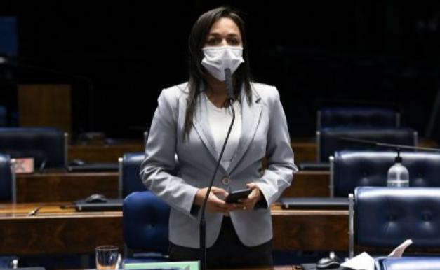 Eliziane Gama conclui relatório da área de Cidadania e Esporte do Orçamento de 2021