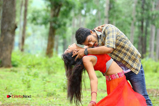 Iddari Madhya 18 Telugu Movie Pos  0011.jpg