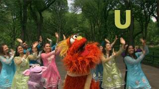 Murray Sesame Street sponsors letter U, Sesame Street Episode 4321 Lifting Snuffy season 43