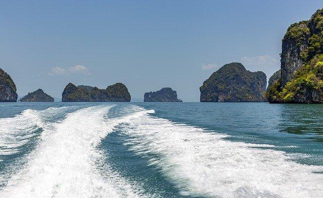 Tuan Chau Island halong Bay, Tuan Chau Island Vietnam, Tuan Chau Island, Islands in Halong Bay,