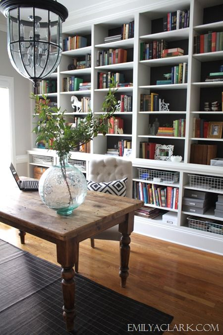 Cottage Home Library: Decorating With Glass Vases And Demijohns