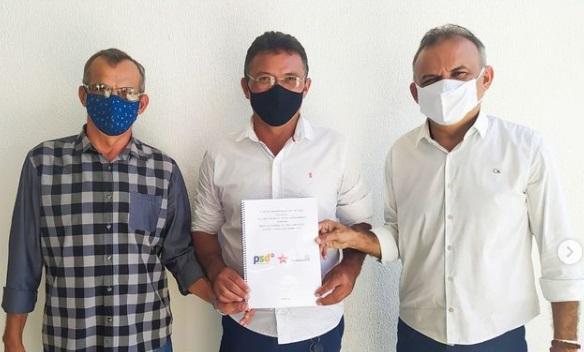 Prefeito e vice-prefeito eleitos anunciam Valdir do Balneário como secretário de transportes de Aurora