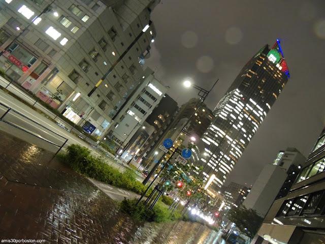 Noche Lluviosa por Minato, Tokio