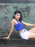 Manisha Kelkar enjoying Rain during photo shoot-cover-photo