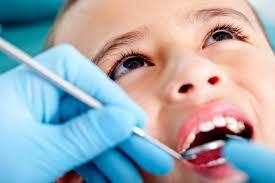 احتفظي بأسنان الطفل المخلوعة