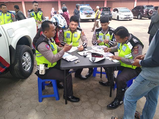 56 Pengendara Di Pall Lima Ditindak Tegas Oleh Satlantas Polresta Jambi, Saat Gelar Razia Rutin Kendaraan Yang Ditingkatkan
