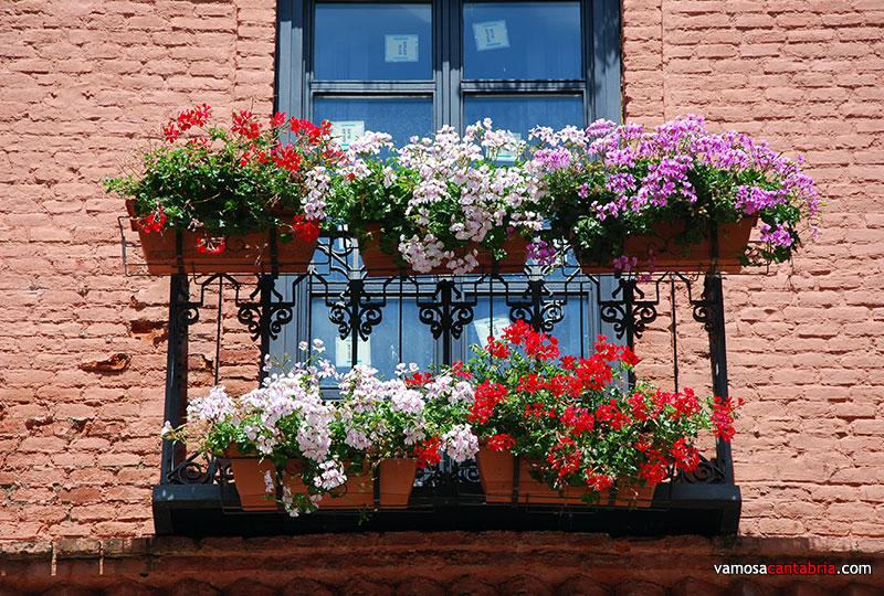 Huertas Y Jardines En Cordoba Patios Andaluces Una Fiesta De - Fotos-de-balcones-con-flores
