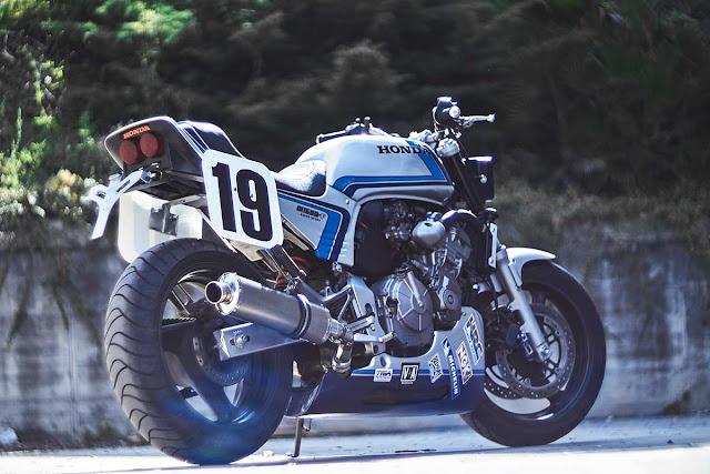 Honda Hornet 600 By Octopus Soul Bikes Hell Kustom