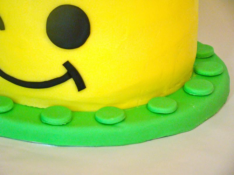 Simply Cake Lego Head Cake