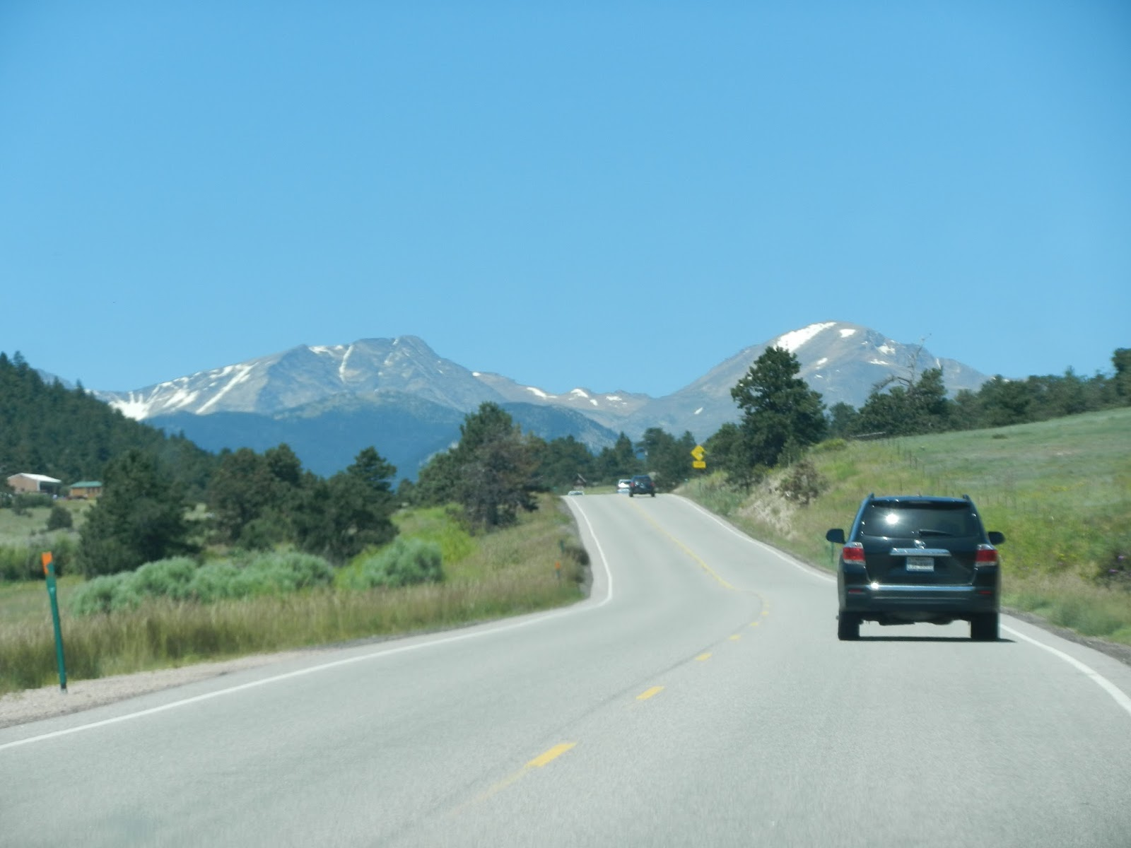 Beluga's excellent adventure: Rocky Mountain National Park