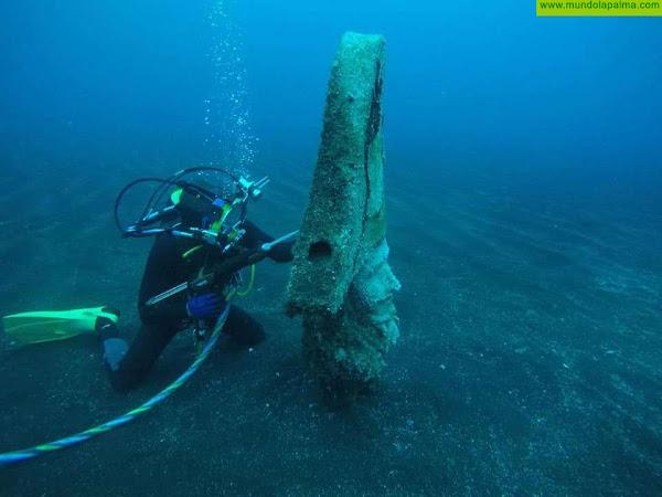 El Ayuntamiento de Santa Cruz de La Palma realiza labores de mantenimiento en los enanos submarinos