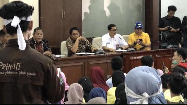 Videonya Viral, Ketua F-Gerindra DPRD Sumbar Minta Maaf soal 'Turunkan Jokowi'