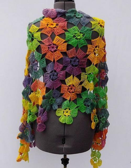 Crochet Floral Shawl Pattern : Crochet Shawls: Crochet Pattern Of Flowers Wrap Shawl ...