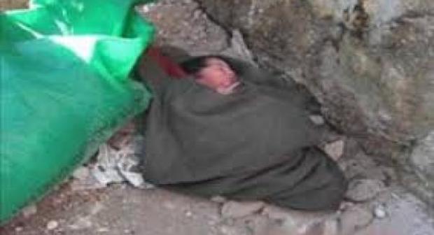 صادم باشتوكة: مجهولون يتخلصون من جثة رضيع حديث الولادة على قارعة الطريق.