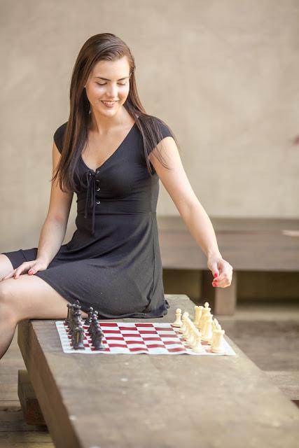 Alexandra Botez, cantik, pintar dan jago catur