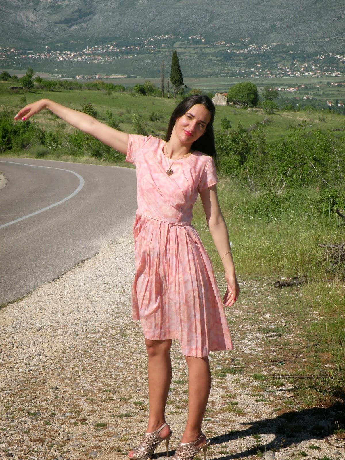 https://modaodaradosti.blogspot.com/2015/05/the-story-of-dress-outfit-post-prica-o.html