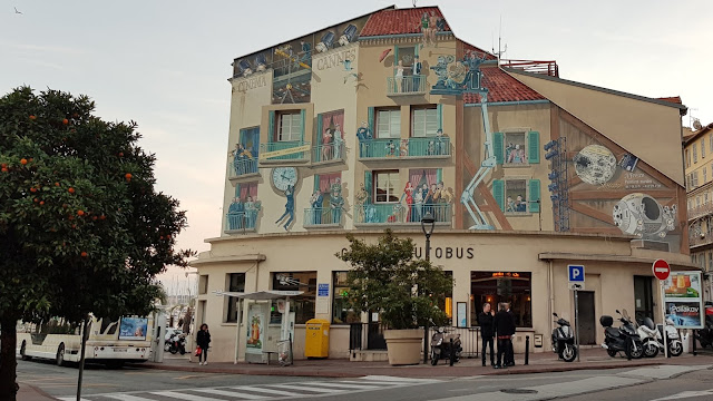 Mural in Cannes