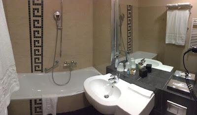 Hotel Czarny Potok, Krynica Zdrój, łazienka z wanną