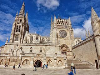 Resultado de imagen de catedral de burgos animada