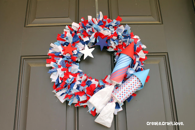 How to Make a Rag Wreath for 4th of July via createcraftlove.com #wreath #fourthofjuly
