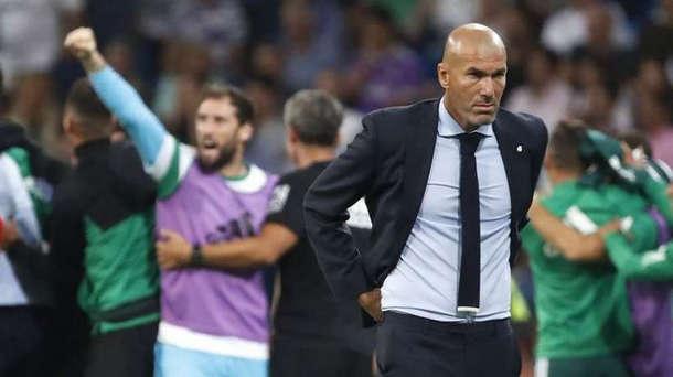 زيدان : كرة القدم غير عادلة وأريد البقاء في ريال مدريد للأبد