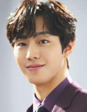 Hong Chun Gi starring