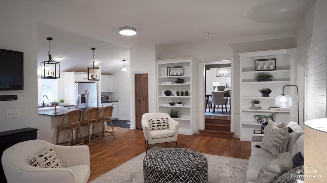 23 Interior Design Photos vs. 414 W Benton Ave, Naperville, IL Home Tour
