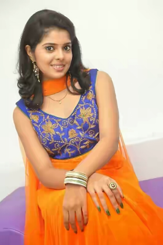 Actress%2BSravya%2BPhotos%2Bin%2BSalwar%2BKameez%2Bat%2BHomeo%2BTrends%2BClinic%2BLaunch%2BCelebsNext%2B0032 - Love you Bangaram Actress Shravya Hot Sexy Photo Gallery-Sexy Navel Exposing Images in her Movies