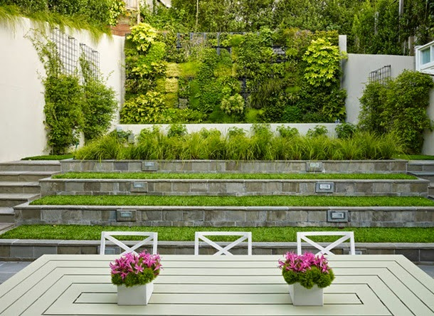 Двор на склоне, дизайн