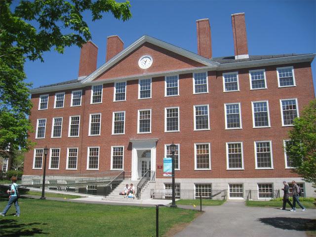 """معهد """"رادكليف للدراسات المتقدمة"""" بجامعة هارفارد"""