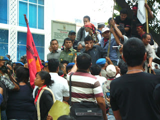 Eksistensi Dan Cara Menjadi Pengacara Kondang Di Indonesia