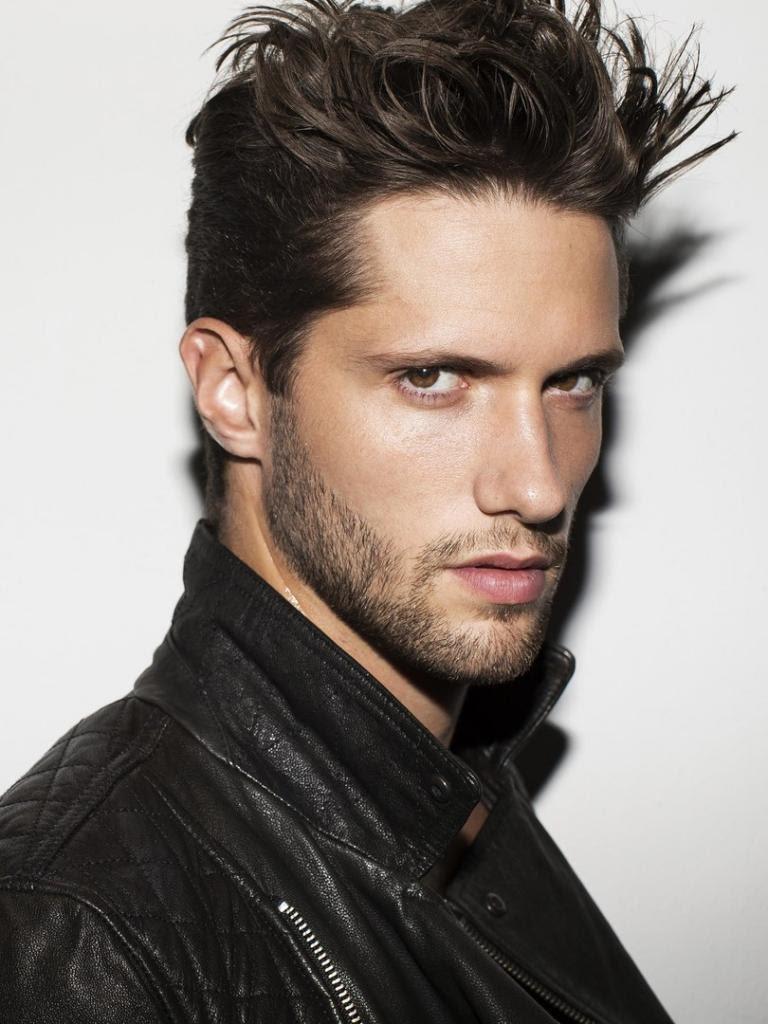 Elia Cometti | Italian models, Italian style, Beautiful men