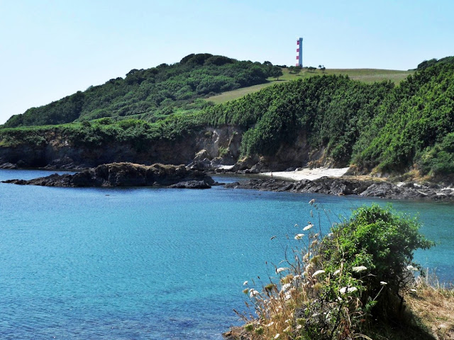 Daymark on Gribbin Head, Cornwall