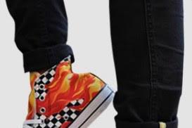 Cara Bikin Sepatu Tanpa Menggunakan Mesin Khusus