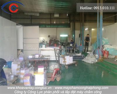 Lắp đặt máy chấm công cho nhà xưởng tại công ty Việt Trang, Quốc lộ 5, Hải Phòng.