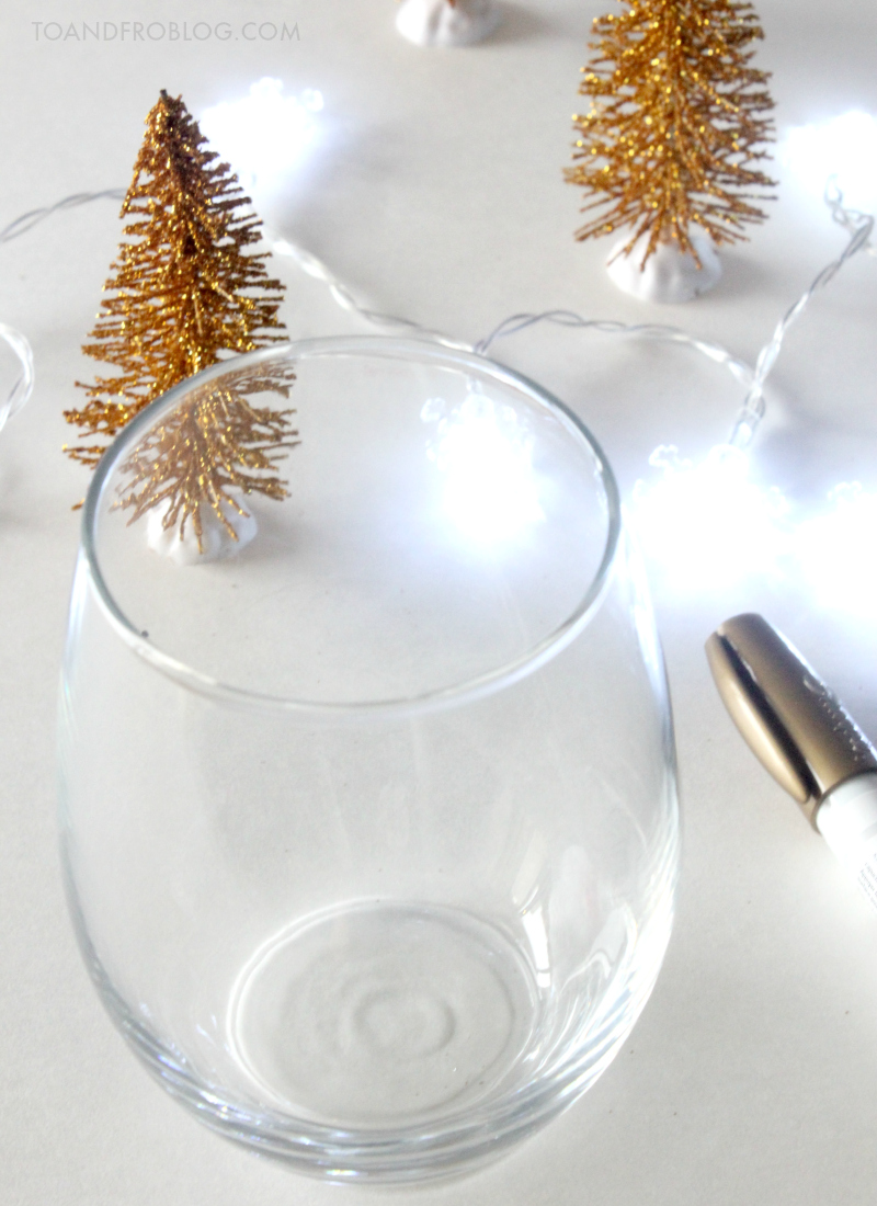 The Perfect Adult Party Gift: Personalized Wine Glass Tutorial