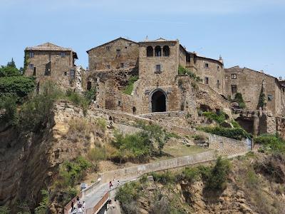 Hai deciso di passare qualche giorno di vacanza nella provincia di Viterbo ?