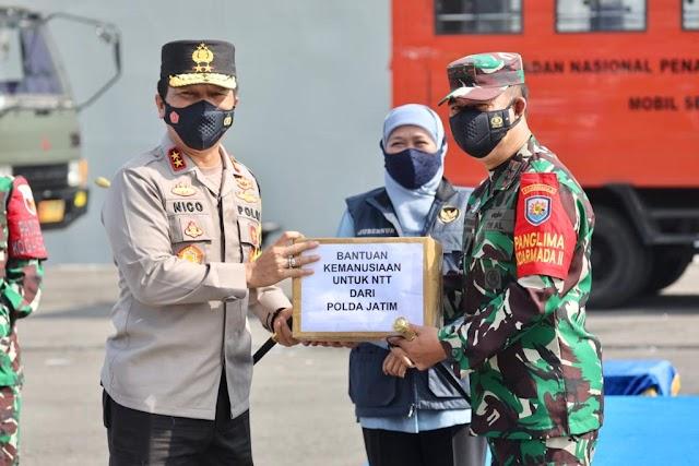 Peduli Bencana Alam, Kapolda Jatim: Pelepasan KRI Tanjung Kambani-971 untuk Penanggulangan Bencana di Flores NTT